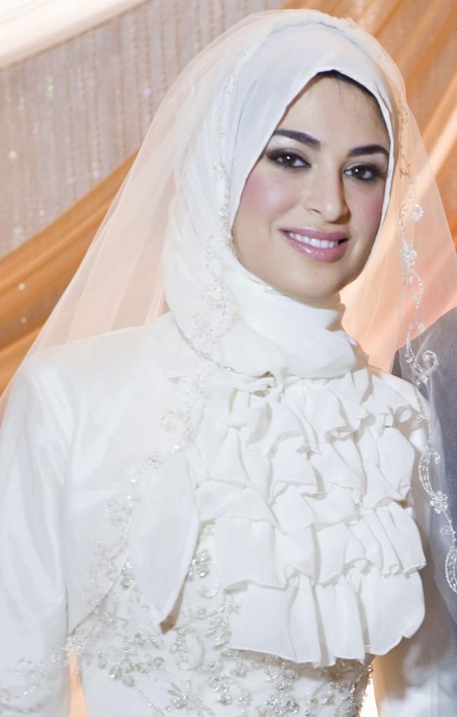 Muslim Wedding Dresses with Hijab