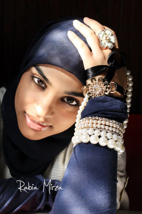 Black Hijab Fashion Photography By Rabia Mirza 