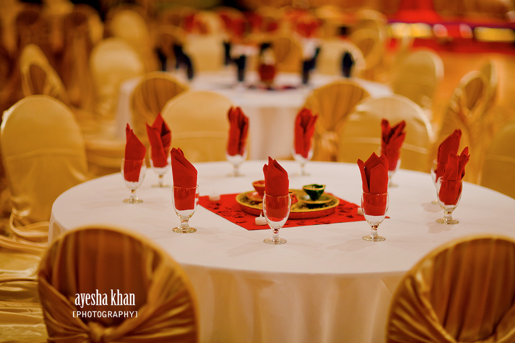 different centerpieces and stage d cor for your inspiration