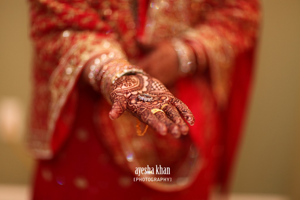 Sanas bridal henna hands at her Ruksati Reception. Ayesha Khan Photogrpahy The Muslim Bride 1024x682 The Muslim Bride Special Wedding Feature: Sana and Shahzebs Wedding Reception